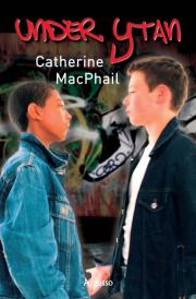 """""""Under ytan"""" av Catherine MacPhail."""